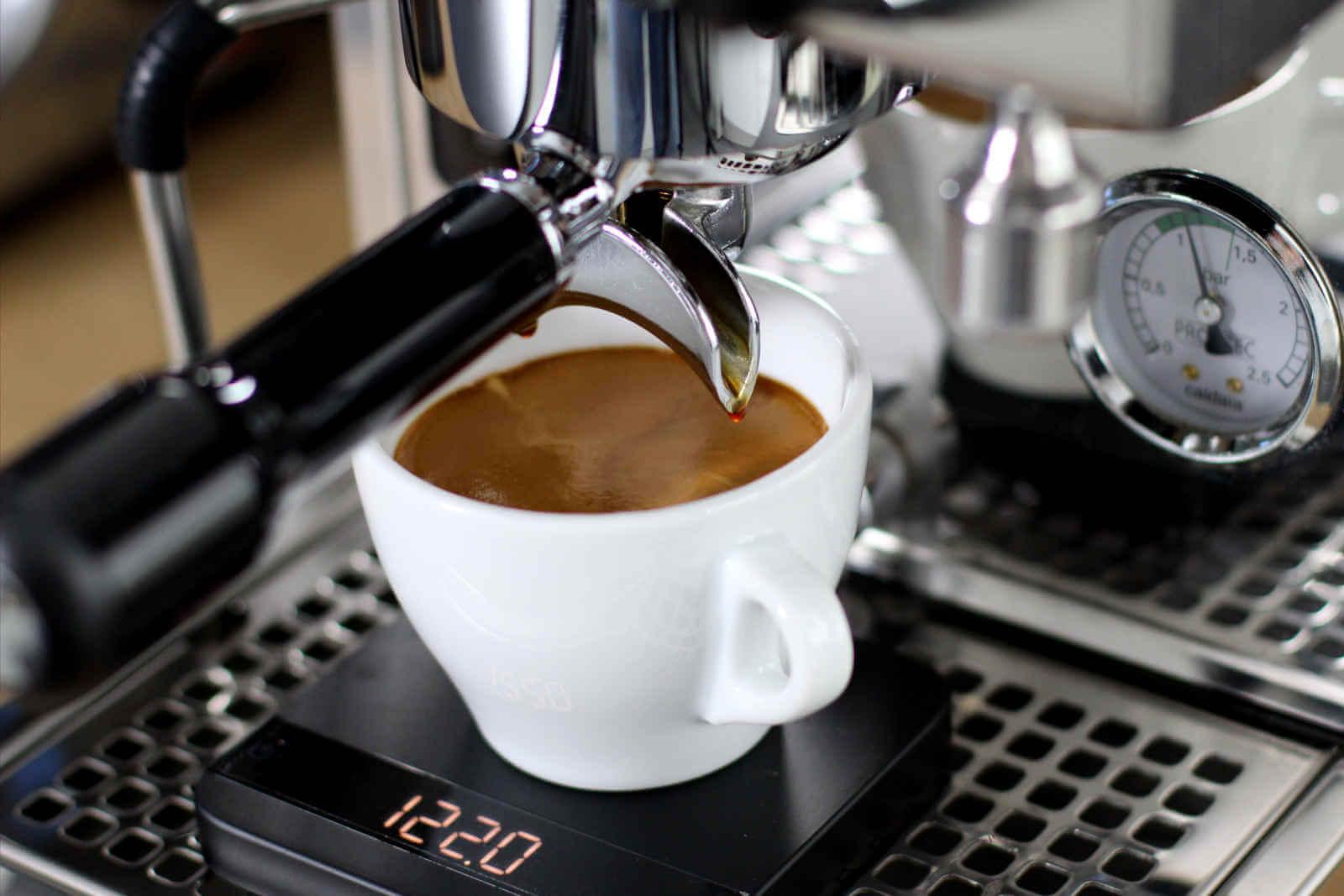 Cách pha chế Cà phê Americano