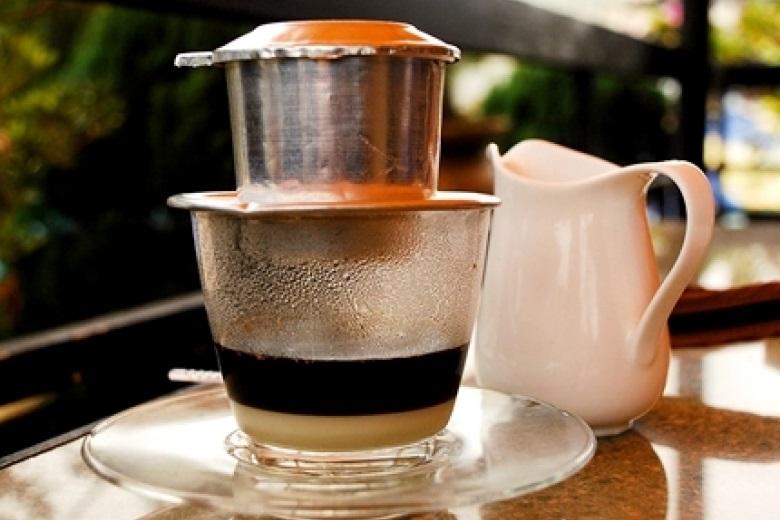 Pha Cafe bằng Phin