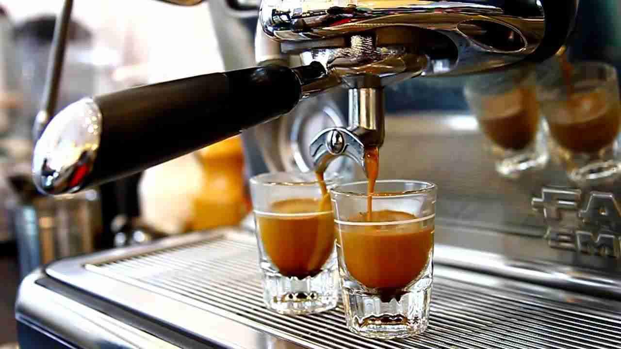 Cafe Pha Máy nên mua loại nào